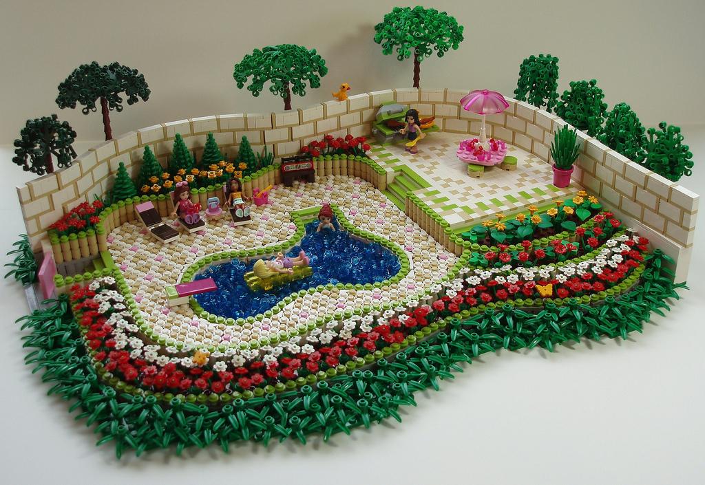 Alle sind eingeladen: Die LEGO Friends Poolparty!